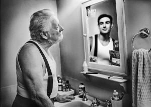 aaa mirror